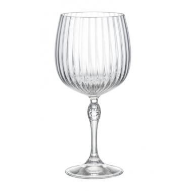 Стъклена чашаза коктейл