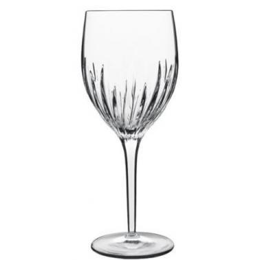 Стъклена чаша за вино